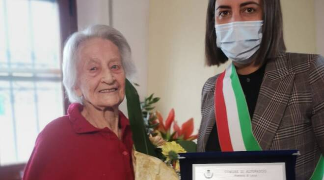 Annunziata Donatini centenaria Altopascio