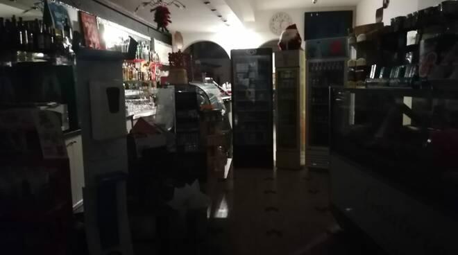 Bar Fantasy Capanne al buio
