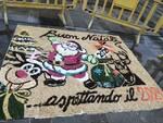 gruppo infioratori pro loco Fucecchio con il quadro in piazza Montanelli