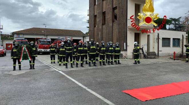 i vigili del fuoco di pisa festeggiano santa barbara 2020