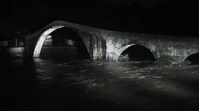 Il fiume Serchio al Ponte del Diavolo