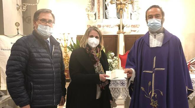 La presidente del Rotary Fucecchio Santa Croce sull'Arno Monica De Crescenzo con Donato Agostinelli