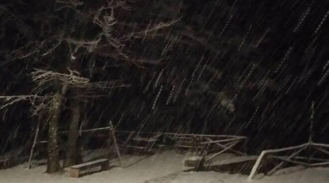 Neve a Campocecina
