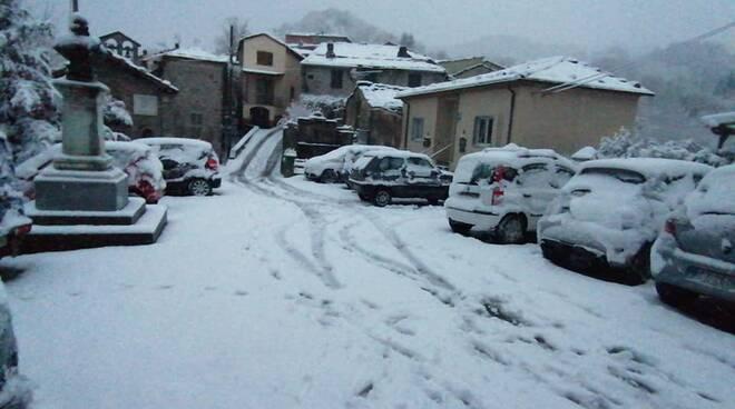 Neve Montefegatesi dicembre 2020