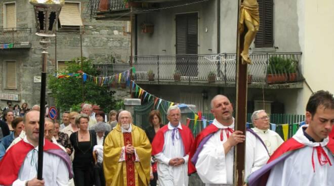 padre Silvano Barbieri prete missionario Gorfigliano