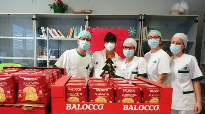 panettoni donati operatori ospedale Versilia