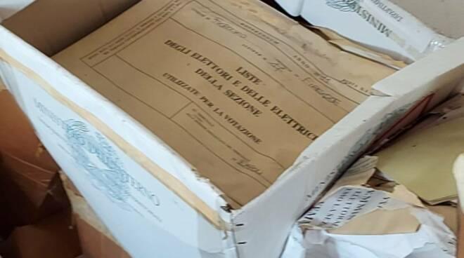 schede elettorali abbandonate fucecchio