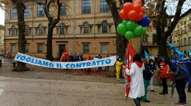 sciopero pubblico impiego Piazza Napoleone