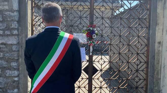 sindaco Coluccini cimitero