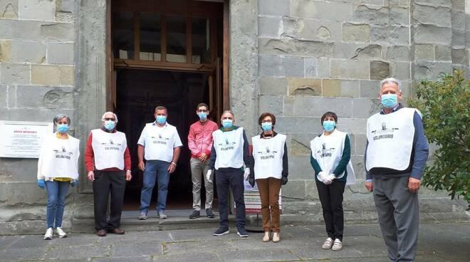 volontari sanificazione messe diocesi Lucca