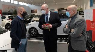 Consegna nuova Yaris Hybrid Comune di Lucca
