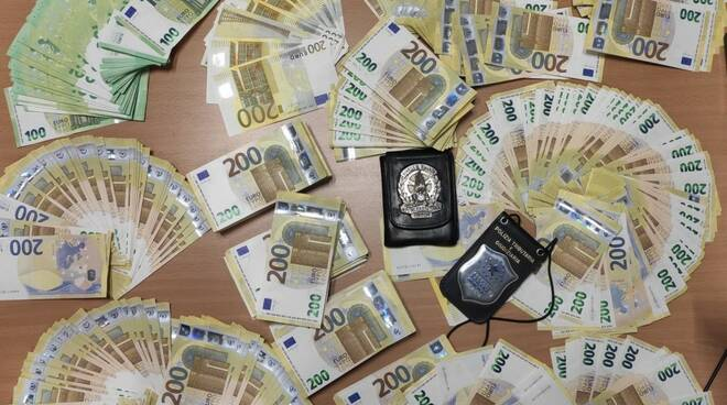 gdf aeroporto firenze valuta