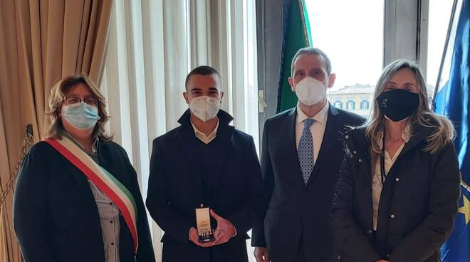 Giorno della Memoria, Ezechiele Chiodini di Santa Maria a Monte premiato con la medaglia d'onore del prefetto