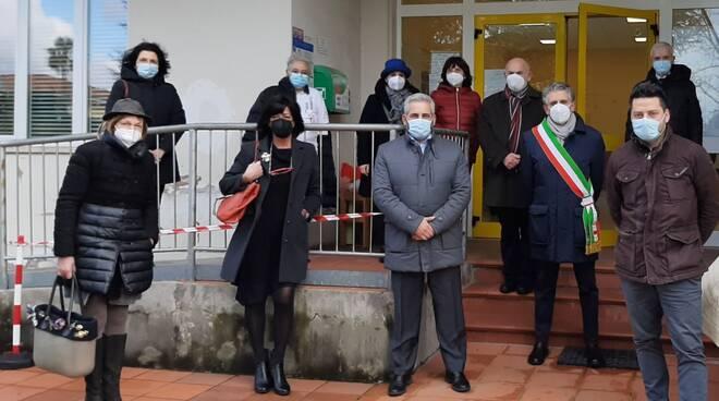 inaugurazione defibrillatore scuola Sorbano Del Vescovo