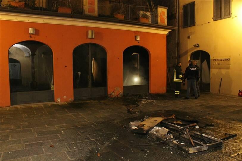 Incendio ex Cafè Fellini piazzetta San Carlo 13 gennaio 2021 Paolo Pinori