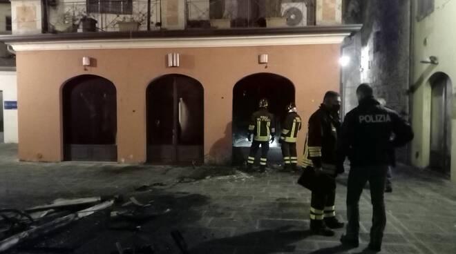 incendio ex Cafè Fellini piazzetta San Carlo Lucca