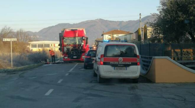 Incidente stradone di Camigliano