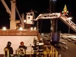 infortunio stiva Livorno vigili del fuoco nave