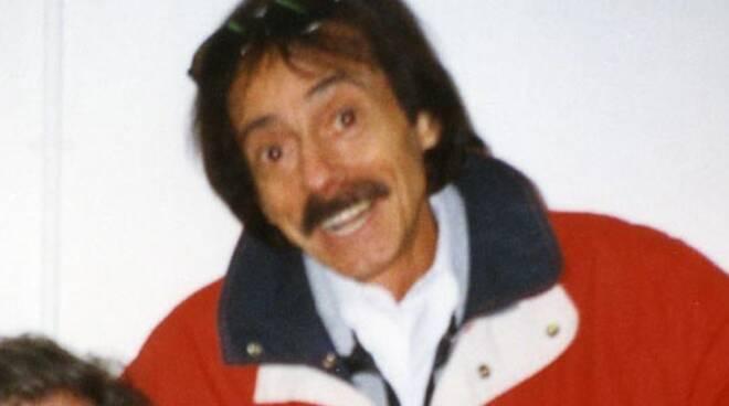 Mario Santonastaso cabaret lutto