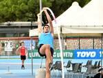 Matteo Oliveri salto con l'asta Atletica Virtus Lucca