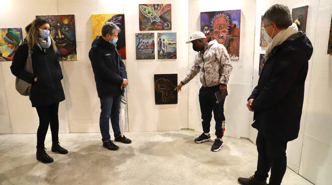 mostra di Uyiosa Aghaowa dalla nigeria a san miniato Orcio d'Oro
