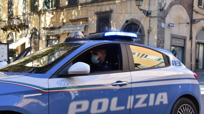 polizia Lucca volante