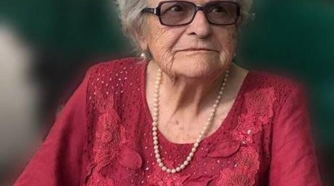 Seravezza piange la maestra Maria Vittoria Giannotti