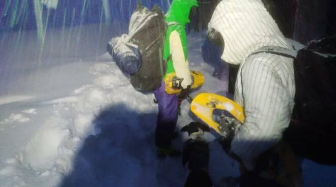 slavina intervento soccorso alpino speleologico toscano