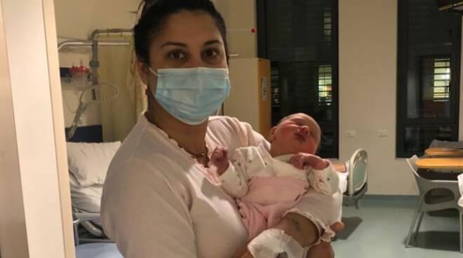 Sophia prima nata a Lucca