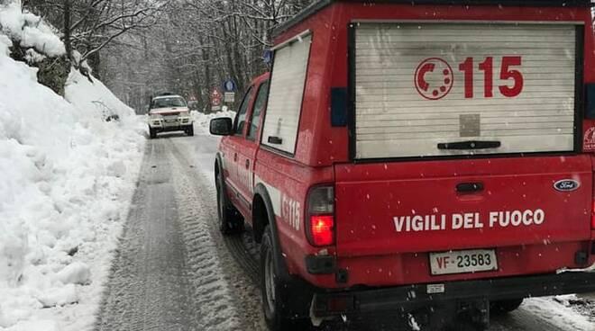 vigili del fuoco interventi neve Sillano Giuncugnano