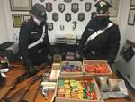 carabinieri sequestro arsenale caccia Marlia