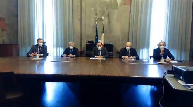 conferenza stampa prefettura di Lucca