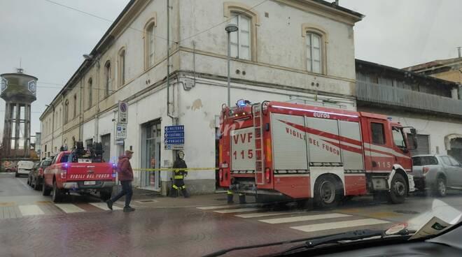 fuga di gas a pontedera, arrivano i vigili del fuoco