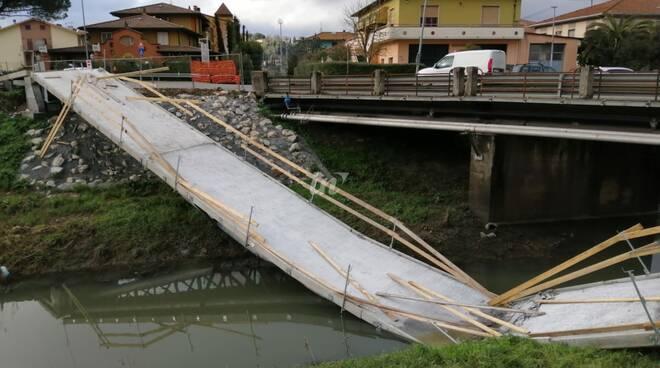 Passerella pedonale crollata a Ponticelli di Santa Maria a Monte, 16 febbraio 2021