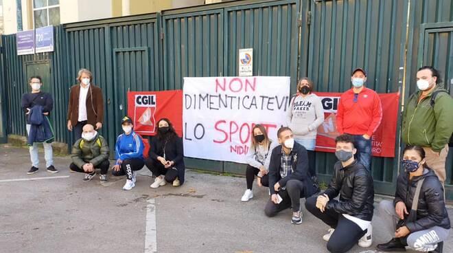 Presidio Cgil lavoratori dello sport a Firenze