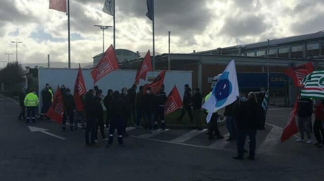 sciopero Sofidel stabilimento