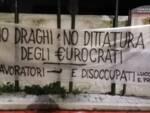 striscione no Draghi Lucca