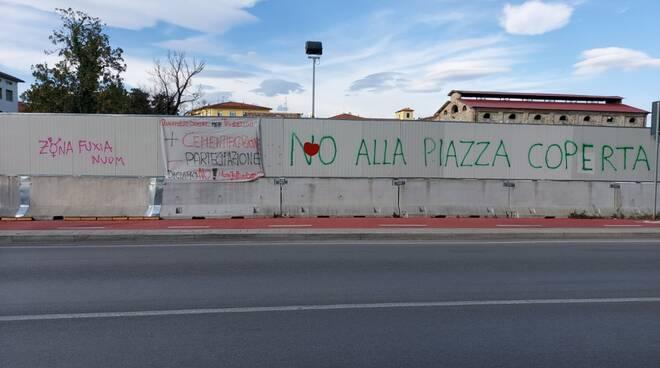 area ex gesam san concordio scritta di protesta
