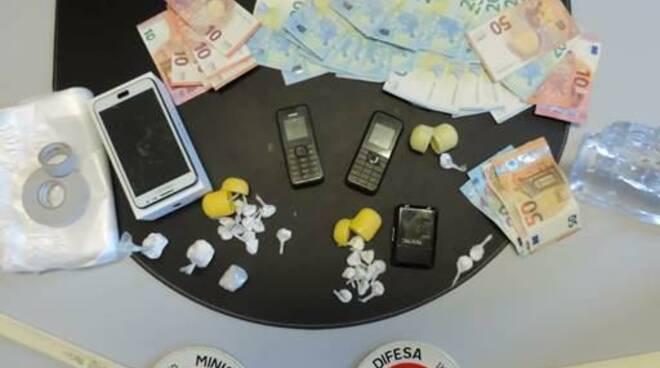 carabinieri san miniato soldi e armi