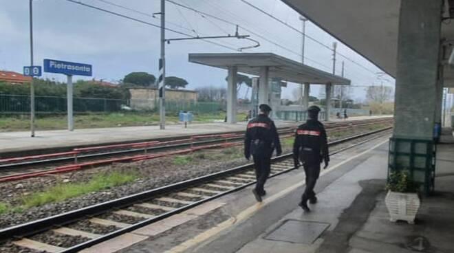 carabinieri stazione di pietrasanta