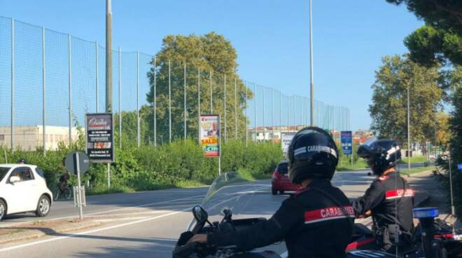 carabinieri viareggio