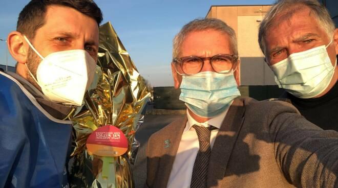 donazione Rotary club montecarlo alla fondazione per la ricerca sulla fibrosi cistica
