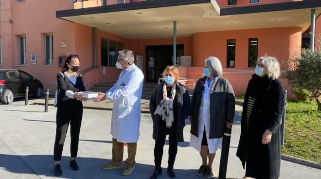 Donazione tablet all'ospedale di Castelnuovo