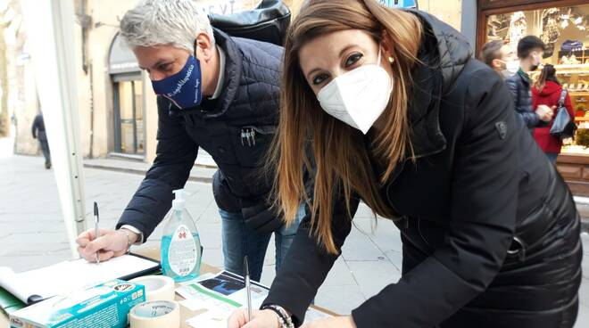 petizione ringhiere Mura Elisa Montemagni SiAmo Lucca