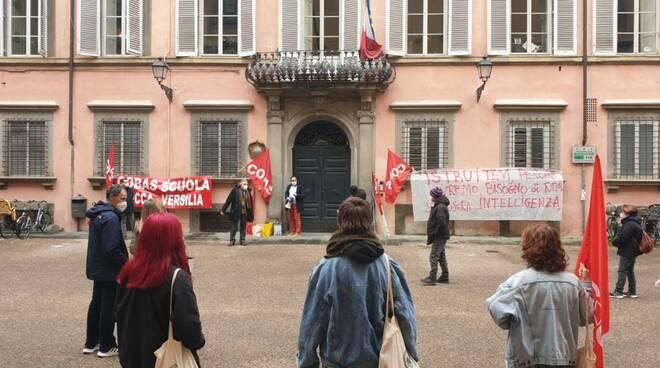 protesta e sciopero scuola a Lucca