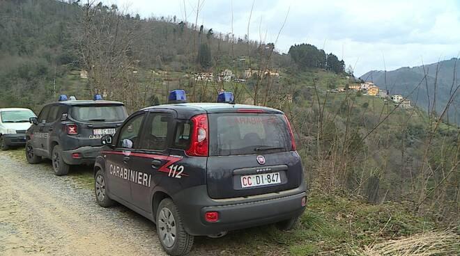 ritrovamento cadavere nei boschi di villa basilica