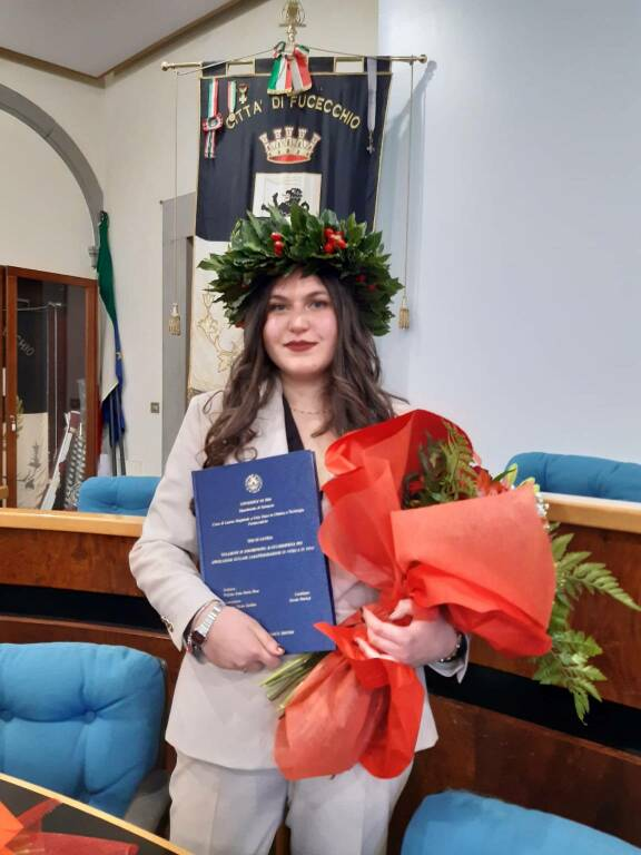 Alessia Pistolesi neolaureata chimica e tecnologia farmaceutiche all'università di Pisa