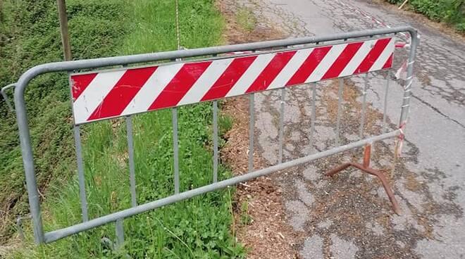 Degrado strade segnalazione Un futuro per Bagni di Lucca