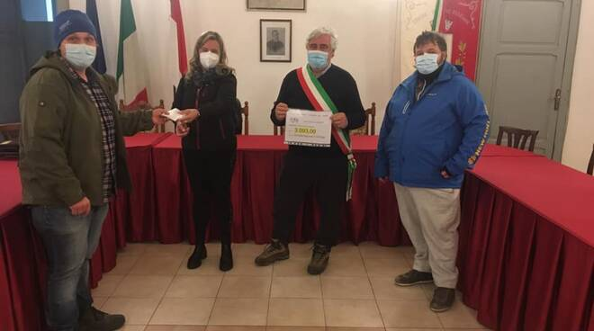 Donazione cittadini Pieve Fosciana per azienda agricola
