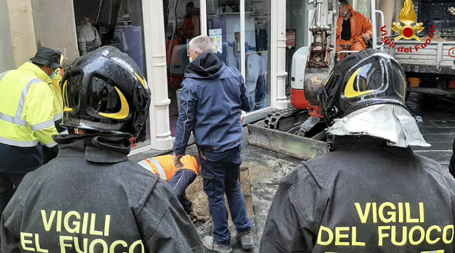 fuga di gas piazza San Michele